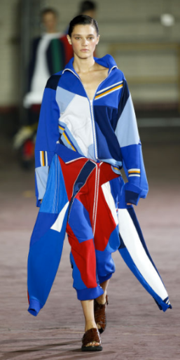JOSEPH Featured in the Milan shows, the sleepwear trend appeared relevant in London as well. The relaxed collection was similar to Moschino in style and mimicked the use of color in Versace's S/S 17 collection.