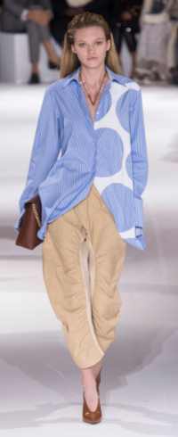 STELLA MCCARTNEY An oversized blouse paired with oversized khaki pants are subtle and ready-to-wear off the runway.